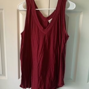 Dark red sleeveless v-neck shirt